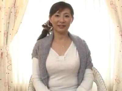 五十路_介護士_美熟女_中出し_adaruto動画01