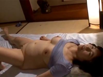 五十路_義母_爆乳_寝取られ_adaruto動画09