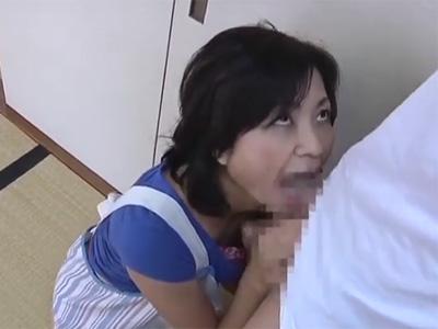近親相姦_五十路_義母_顔射_adaruto動画05