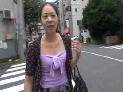 ナンパ_五十路_センズリ鑑賞_中出し_adaruto動画01