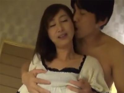 五十路_AV撮影_フェラチオ_セックス_パイ射_adaruto動画02