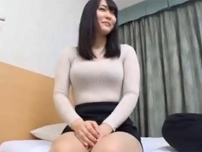 ナンパ_素人_若妻_巨乳_中出し_adaruto動画01