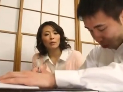 矢部寿恵_AV女優_近親相姦_母親_貧乳_中出し_adaruto動画01