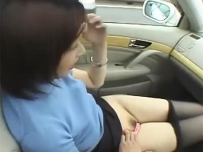 三十路_美人妻_巨乳_車内オナニー_フェラチオ_adaruto動画04