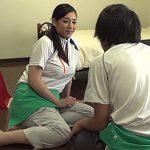 【三十路中出しadaruto熟女動画】クリーニング業者の美人妻が部屋を掃除せずにペニスを掃除し種付けSEXする!