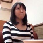 【素人ナンパadaruto若妻動画】丁寧なフェラチオをしてくれる美人巨乳妻に正常位で突き倒し顔射!
